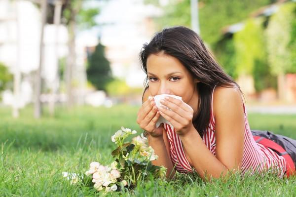 Coraz więcej mieszkańców naszego kraju cierpi na choroby alergiczne. Od kataru i kichania do ciężkiego wstrząsu anafilaktycznego – Twoja wiedza i pomoc zawsze może się przydać/fot. Fotolia